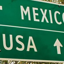 USA to Mexico Sign